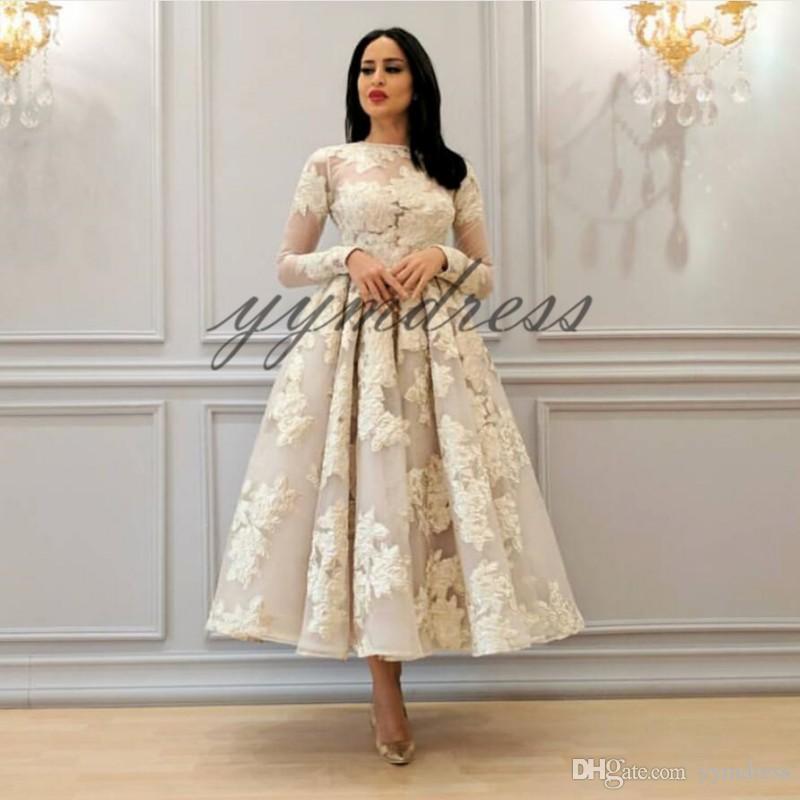 Robes de bal 2019 bijou cou genou longueur manches longues pure dentelle appliques robes de soirée robes de soirée de célébrité