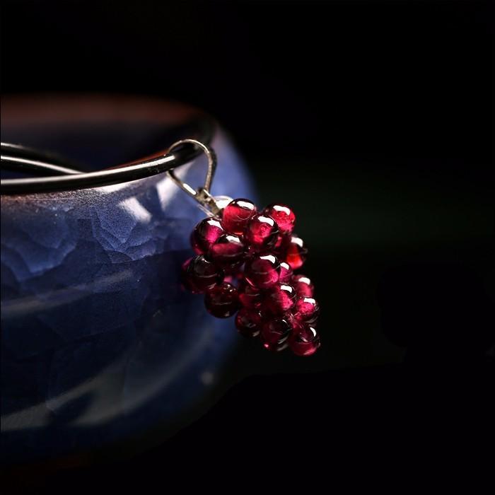 Pendentif grenat naturel petit pendentif raisin + Livraison gratuite