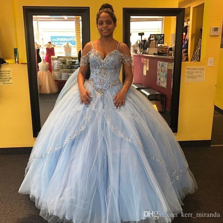 Işık Gökyüzü Mavi Balo Quinceanera Elbiseler Cap Kollu Spagetti Boncuk Kristal Prenses Balo Parti Elbiseler Için Tatlı 16 Kızlar