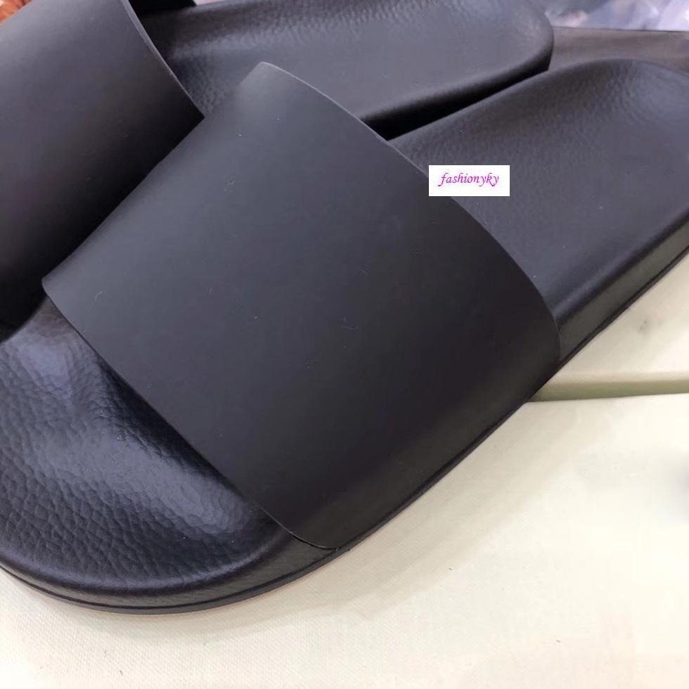 Il nuovo modo le scarpe casual ciabatte da spiaggia al coperto bianchi innamorati di stampa scarpe con box
