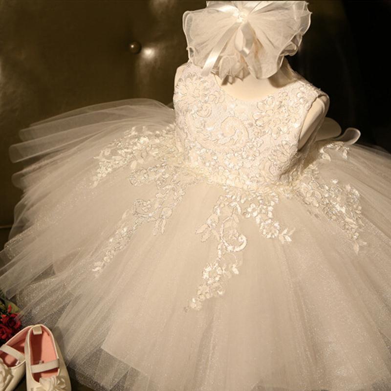 صيف جديد طفلة اللباس 1 سنة تاريخ الميلاد اللباس الأبيض الرباط المعمودية فستان INFANTIL BOWKNOT فساتين الأميرة حصول على حفل زفاف J190619