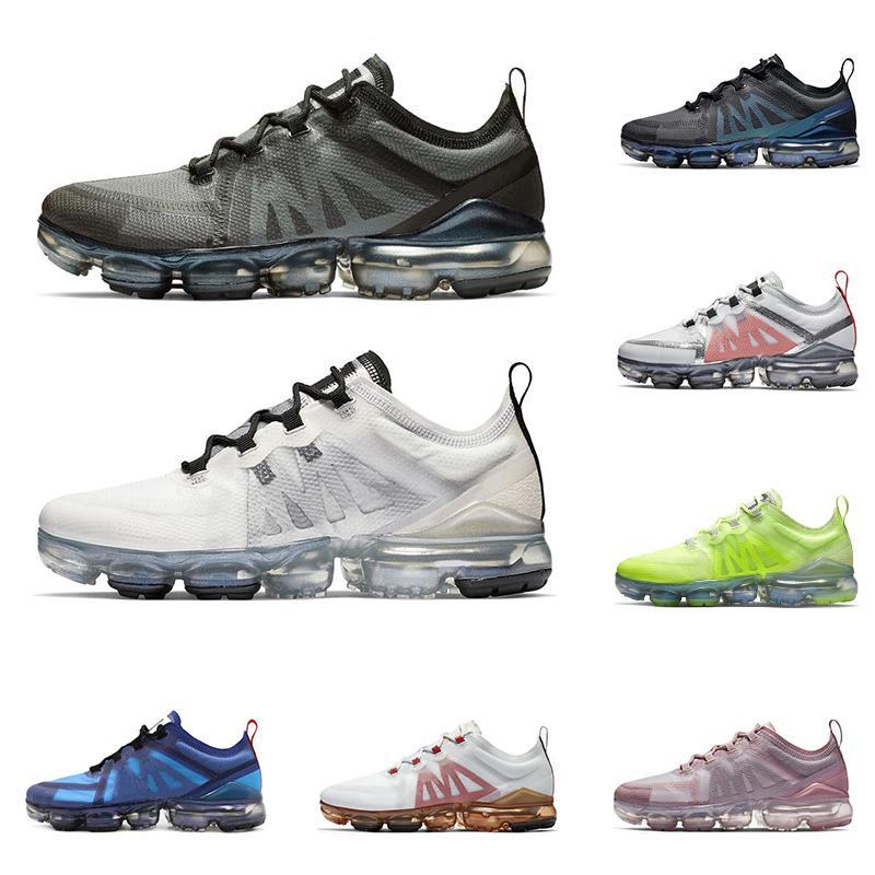 Nuove scarpe da corsa per le donne degli uomini di alta qualità delle scarpe da tennis di sport THROWBACK FUTURO nero Soft Pink CNY Oro rosso mens formatori di moda