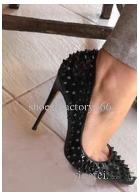 2019 Nouveau Luxe Femmes Marque RED BOTTOM Talons Hauts Noir / Beige Point De Rivet Avec Bouche Peu Profonde Chaussures Habillées Pour Femmes Spikes De La Mode Pompes 12CM