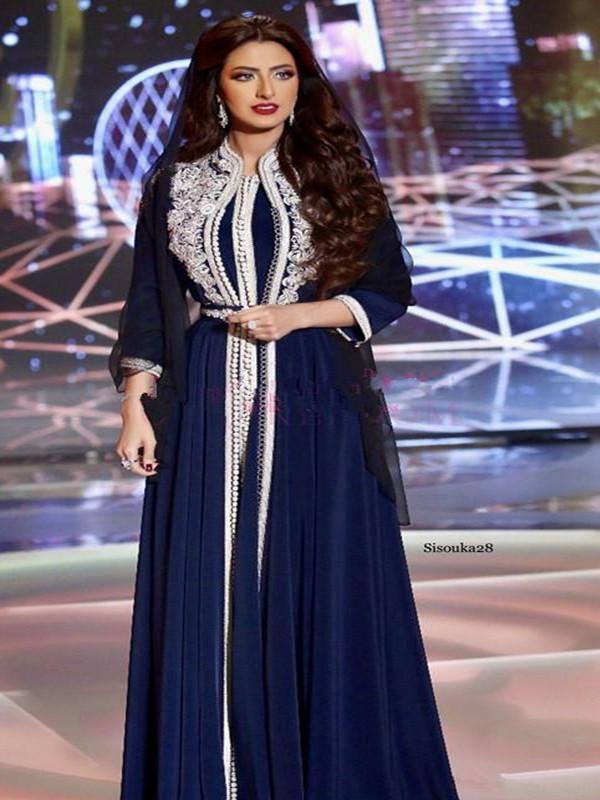 Marruecos Kaftan 2020 azul marino azul Muslim Vestido de noche elegante Robe de Soiree Dubai Lace Applique Vestido formal Vestido de manga larga Mujeres Gows