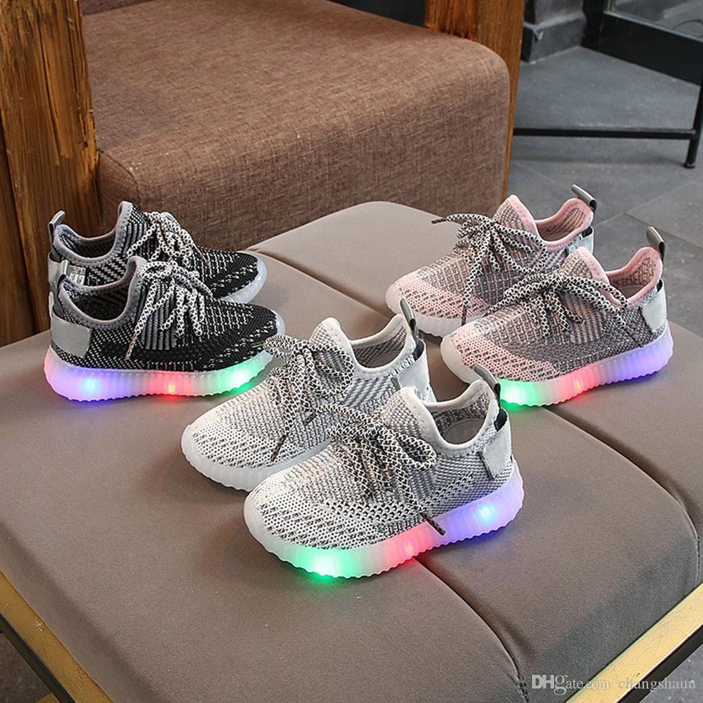 Дети Светящийся Обувь Мальчики Спорт Кроссовки Детские мигалки моды кроссовки малышей маленький ребенок LED тапки