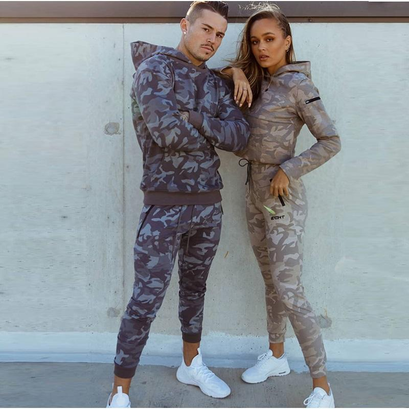 Sportanzüge Herren / Frau Set Marke Fitness Anzüge Herbst Männer Set Langarm Camouflage Hoodies + Pants Gym Laufsportanzug