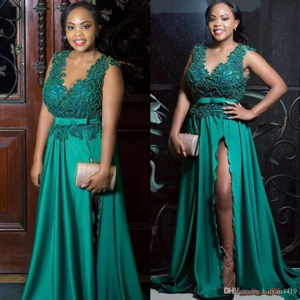 2019 Sexy Arabic Green Evening Dresses V Neck Beadind Black Girl Sleeveless Side Split Sweep Train Plus Size Formal Party Dress Prom Gowns