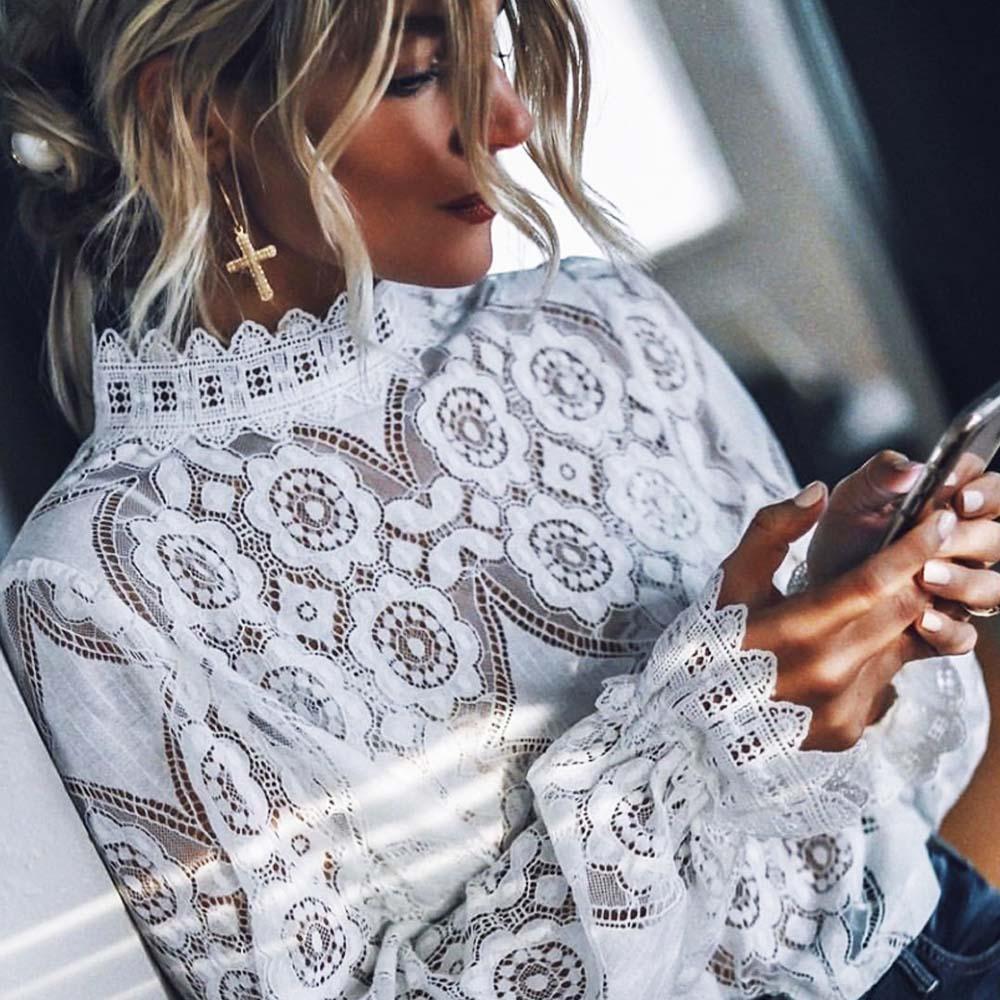 الذهب الأيدي الأنيقة الدانتيل الأبيض المرأة وهمية الرقبة طويلة الأكمام الأزهار شبكة الدانتيل قميص شير الكروشيه بلوزة قمم الجوف خارج القميص