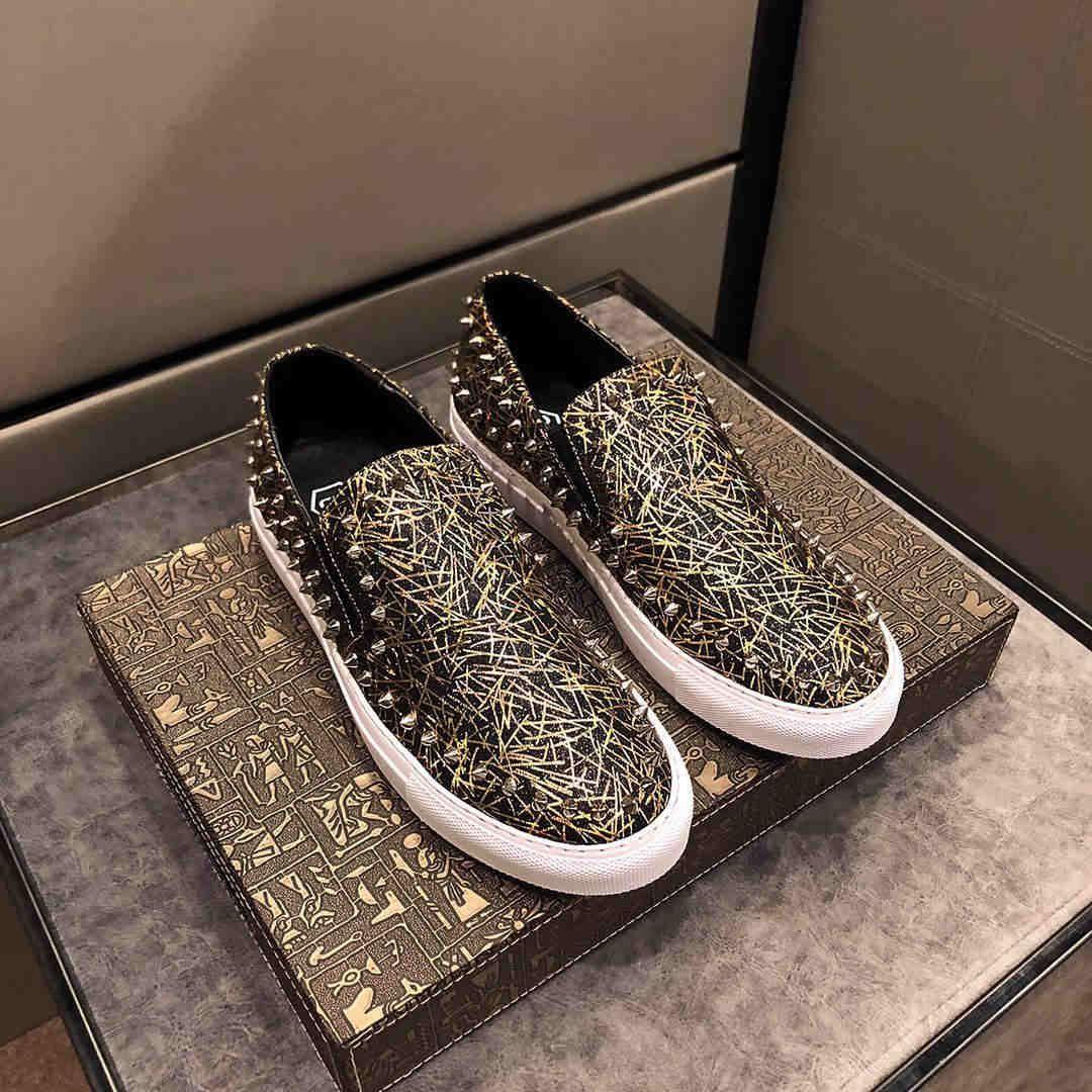 Designer Rivet Mode Chaussures Chaussures Casual New élégant Party cuir Bottes Marque Chaussures de danse Bottes Taille 38-44 luxe Hot Vente