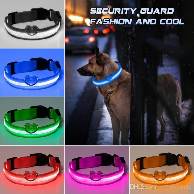 Neue Mode LED Nylon Hund Kragen Hund Katze Kabelbaum Blinkendes Licht up Nacht Sicherheit Haustier Halsbänder Multi Color XS-XL Größe Weihnachtszubehör