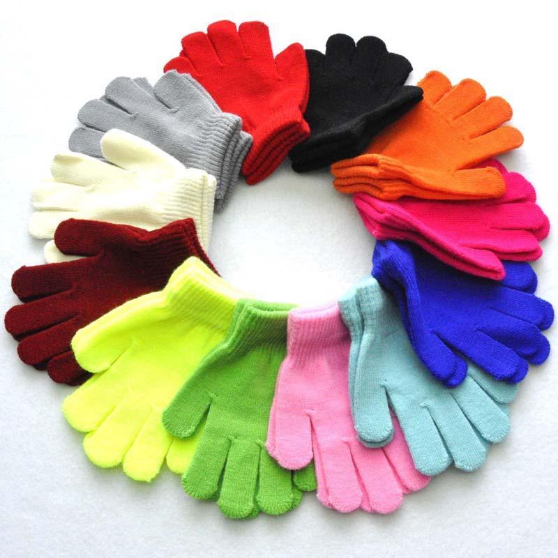 24pairs / lot 15cm 12colors niños cálidos guantes de invierno cinco guantes muchacho de la muchacha niños multicolor guantes dedo de punto pura