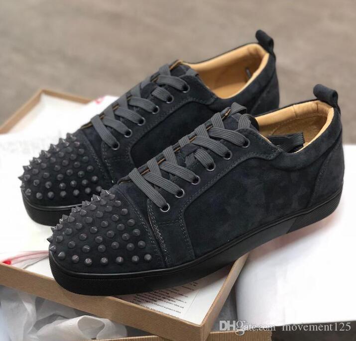 Sapatas do casamento melhor fundo Red Sneakers Júnior Homens Low Top Spikes Sneakers New Men Trainers Grey Suede couro genuíno amantes do partido
