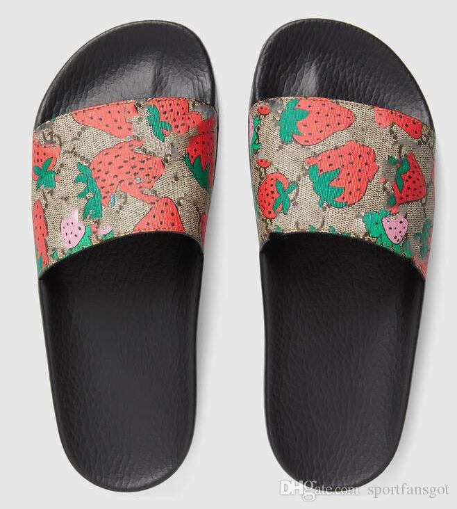 2019 Big size 35-48 strawberry red Black Rubber Slide Slippers Green Red White Stripe Fashion Design Men Women with Box Classicflat