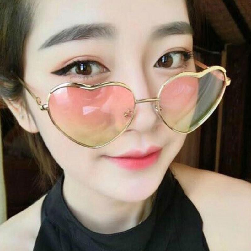 Designer Sonnenbrille Bunte Herz Sonnenbrille für Frauen 15 Farben Metallrahmen Frühlingsscharnier DHL-freier Versand