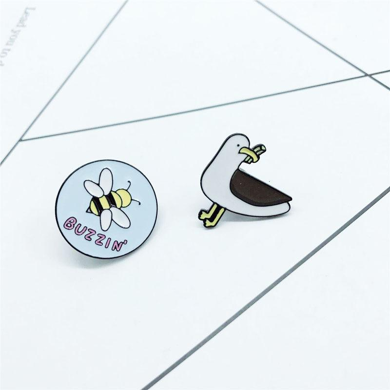 Abelhas originalidade dos desenhos animados Buzzin Dove Food Cor cartoon broche enfeites Mulher