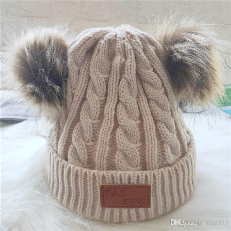 9 لون الطفل الدافئة بوم بوم قبعة صغيرة الاطفال في فصل الشتاء الكروشيه تزلج كاب صوف قبعة صغيرة قبعة الفراء الكرة هات أزياء أطفال