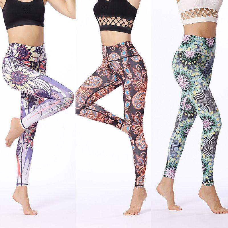yoga in strumpfhosen