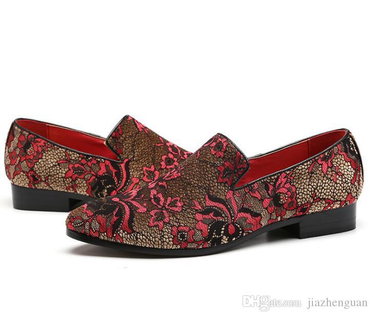 Novo conceito de Moda de Luxo Homens costura Mocassins Mocassins Respirável Masculino couro Patente Sapatos Personalizados Sapatos Casuais de Condução EUR38-46