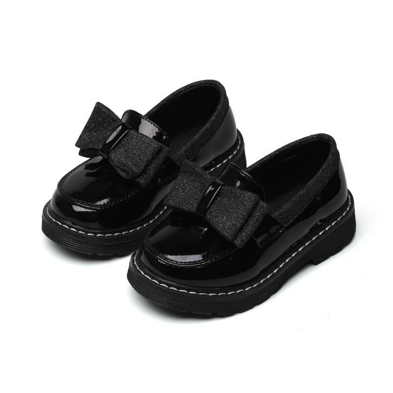 أطفال أحذية جلدية 2020 ربيع بنات جديدة الأميرة الصلبة لون القوس أحذية نمط شقة احذية البريطاني الأطفال طفلة
