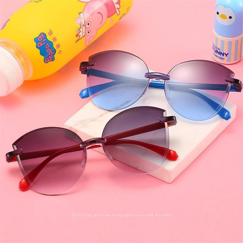 Kinder Goggle Randlose dekorative Trimmen Sonne Mode Gradienten Baby Brillengläsern Anti-UV-Farbbrille Adumbral Sonnenbrille A TLHK