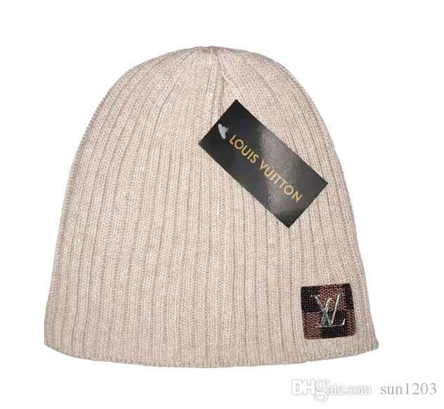 Gorros de invierno de lujo Marca Beanie Con Las Cartas para mujer para hombre del cráneo Caps diseñadores de moda caliente del capo de punto de lana Sombrero nuevos Gorros Sombreros de invierno