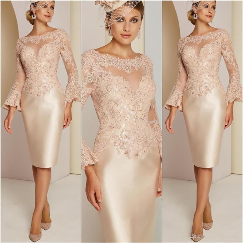Elegant Sheath Short Mother of the Bride Dresses Lace Applique Beaded Knee Length Formal Party Cocktail Gowns Long Sleeves Evening Dress