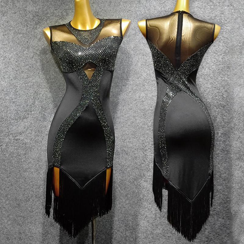 Son Yumuşak Süt İpek Dans Elbiseler Latin Kadınlar Fringe Etek Performansı Siyah Elbise Kadınlar Rumba / Salsa Elbise Latin Dans VDB768