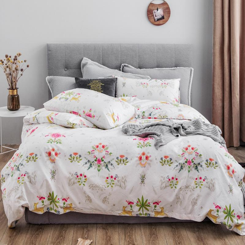 Hot Beddingset Small Fresh Flowers, White Bedding With Small Flowers