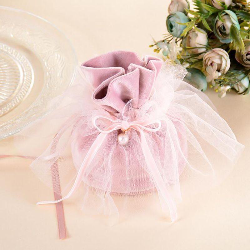 Ücretsiz nakliye Gelin elbise iyilik kutuları düğün ambalaj Düğün iyilik kutusu düğün malzemeleri kutuları şeker kutuları iyilik