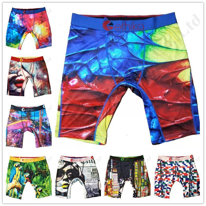 Quick Dry projeto Swimwear Swim Praia Shorts para mulheres dos homens Briefs Cuecas Graffiti Imprimir Shorts Leggings sunga cueca boxer A120301