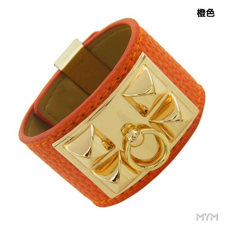 2019 popular high-quality punk wind wide version men's and women's bracelets large rivets environmental PU leather bracelet gold bracelet je