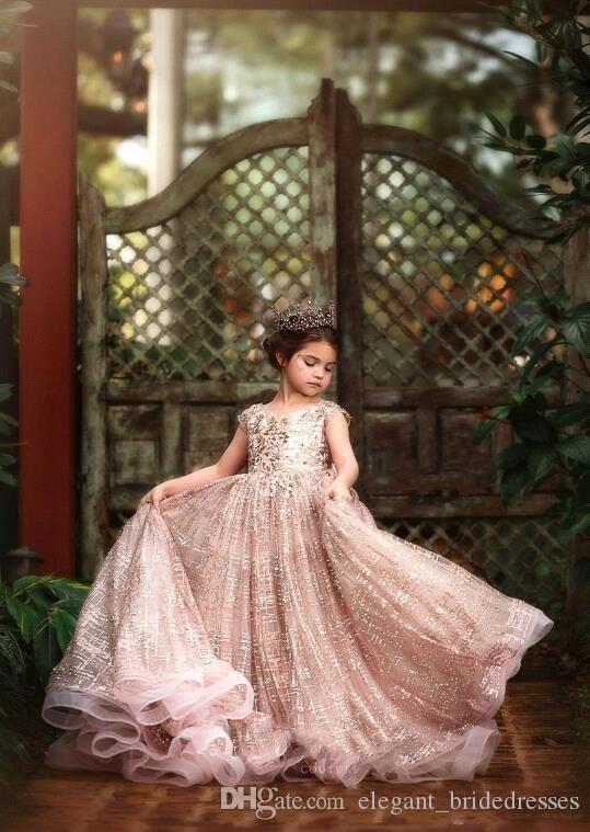 2020 Princess Luxury Little Girls Little Girls Robes Dentelle 3D Floral Perles Appliquées De Jewel Col Col Dentelle Fille Robe Pour Robes de fête de mariage