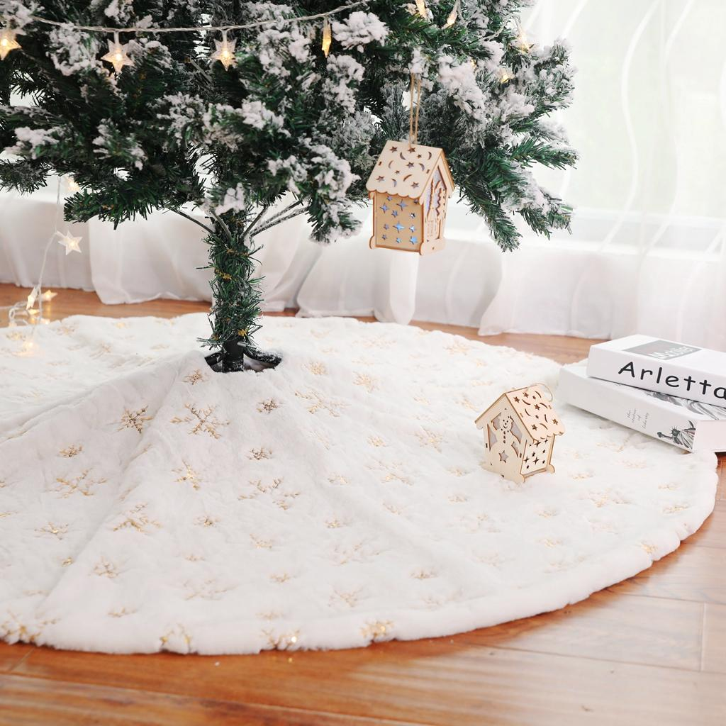 White Tree Skirt 90 122cm High End Plush Sequin Embroidered High Quality Christmas Tree Decorations Rug 06 Christmas Holiday Decorations Christmas