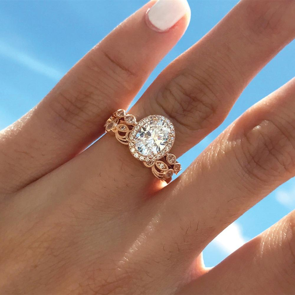 Exquisite Oval Cut Ring Set Rose Gold Filled Hollow Filigree Vintage Womens Wedding Rings Size 6 10 Engagement Ring Wedding Bands From Dushibracelet 18 74 Dhgate Com