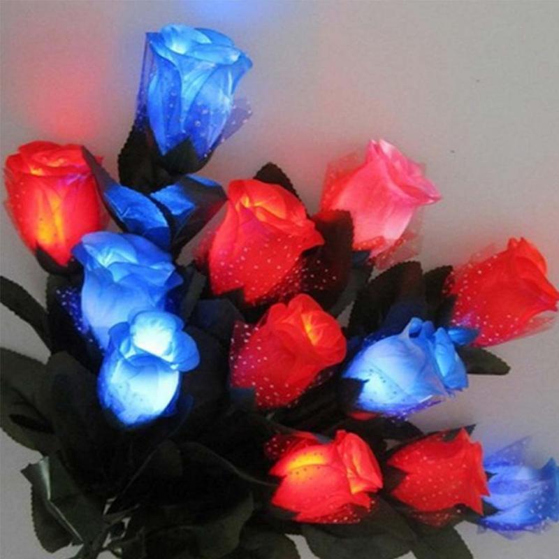 LED تضيء روز زهرة الأحبة عيد الأم مضيئة روز الزفاف الاشتباك الوهج روز عيد الحب الورود