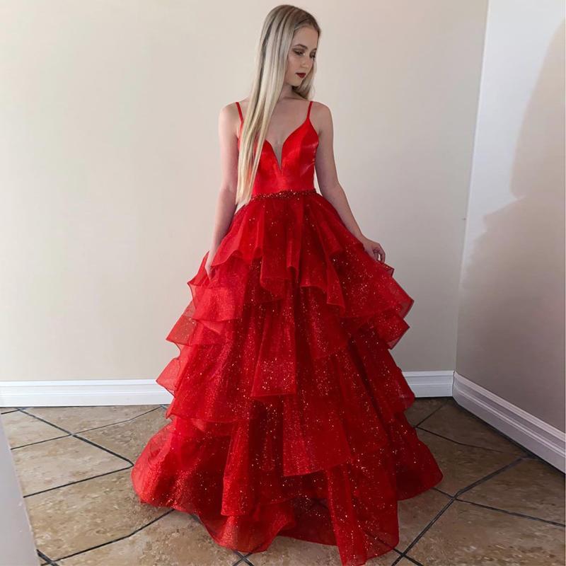 Boyun A Hattı Boncuklu Abiye Giyim Artı boyutu Kat Uzunluk Tül resmi elbise Dalma Şaşırtıcı Kırmızı Katmanlı Gelinlik Modelleri Şeffaf