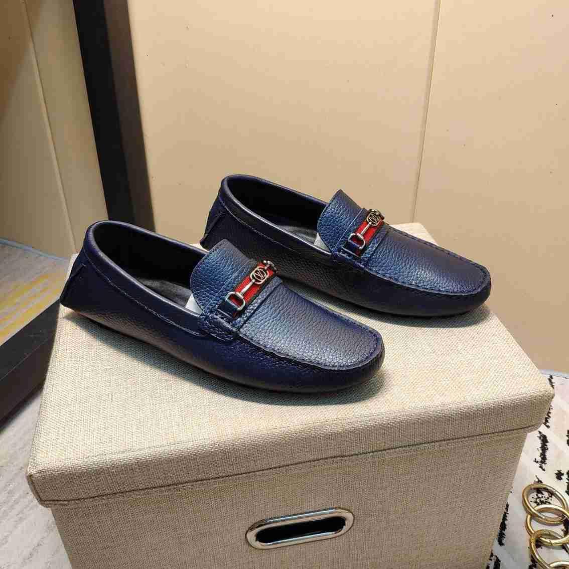 Nouvelles chaussures de haricots en cuir véritable mode papillon de tendance. casual hommes élégants