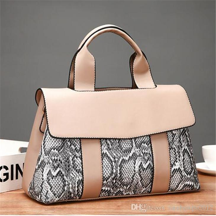 Factory wholesale women handbag elegant atmosphere snake ladies doctor bag new contrast leather handbag snake leather fashion bag