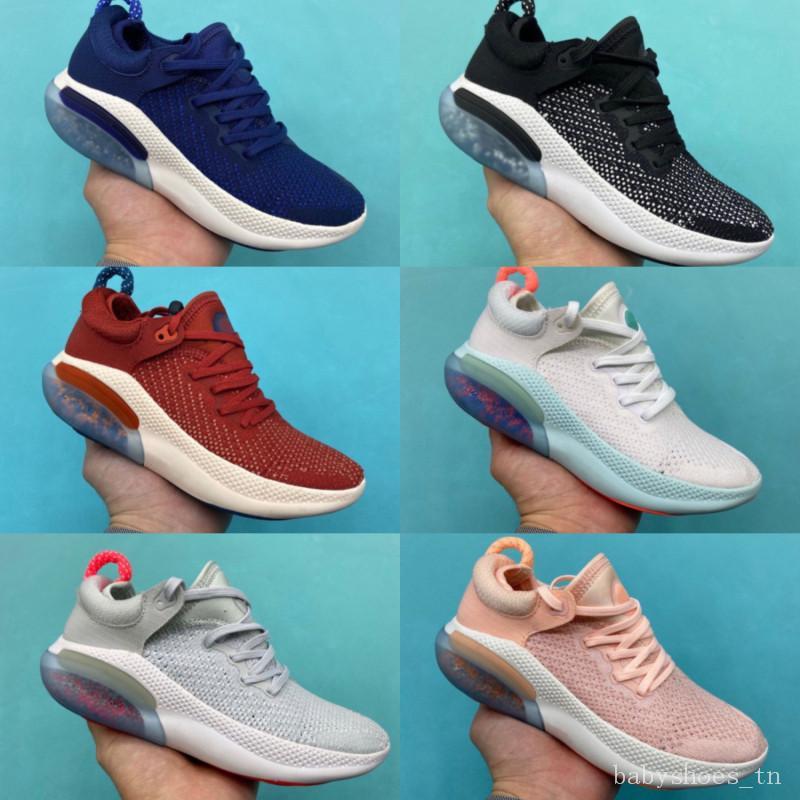 Nike JOYRIDE RUN FK 2020 crianças Running Shoes Triplo branco preto Platinum Racer azuis esportes dos miúdos Sneakers Utility Tamanho 28-35