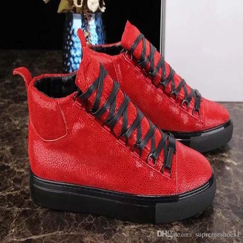 Tendência Platform Homens Mulheres Sapatos casuais amantes Couro Branco Esporte Tênis amantes sapata bonita Sneaker EE7