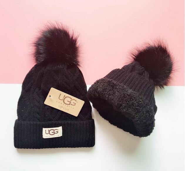 Мужские дизайнерские шляпы капот зимой шапочку трикотажные шерсти шляпы плюс бархатную шапочку Skullies Thicker маска Fringe шапочки для мужчин 1105
