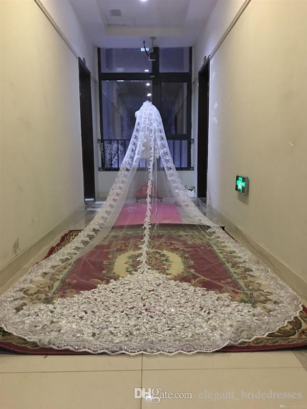 Bling Bling lantejoulas grânulos Catedral Veios nupciais apliques lace borda cristais 1t com pente anexado por comprinho 5 m véu de casamento