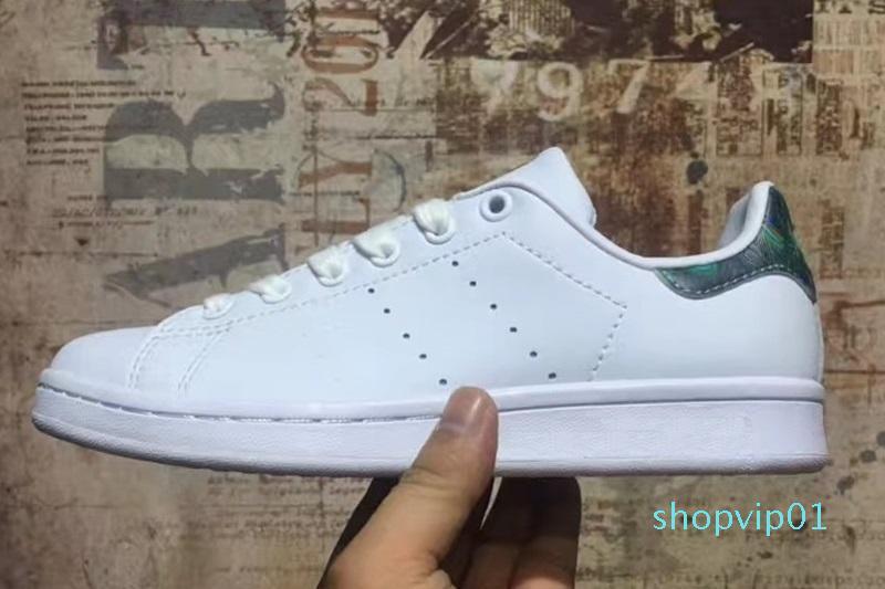 2018 Stan Smith Rosa Primavera cobre Branco Preto Moda Mans sapato de couro Casual homens mulher marca sapatos Flats Sneakers 36-44