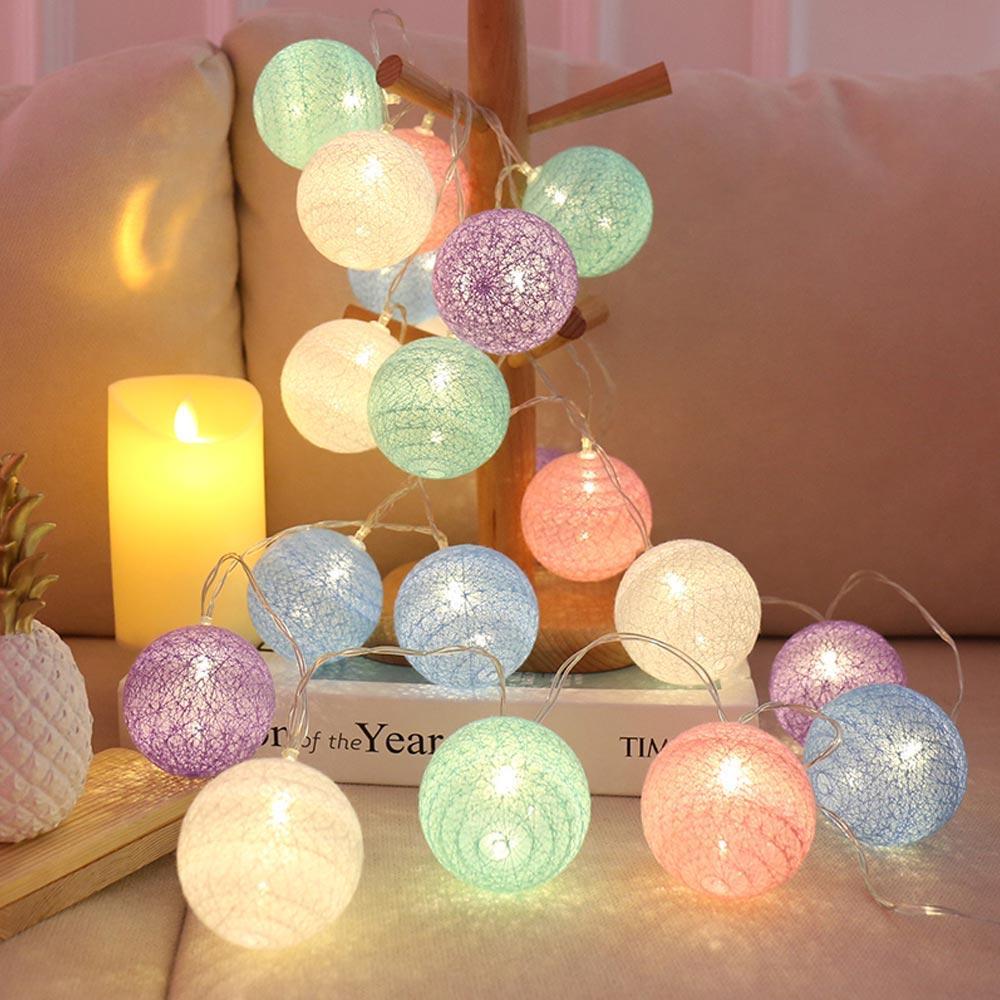 Cordas Interior Natal 2020 da festa de casamento fábrica LED Guirlandas Bola de Algodão Luz Ano Novo férias Berço Fada Luzes Decor