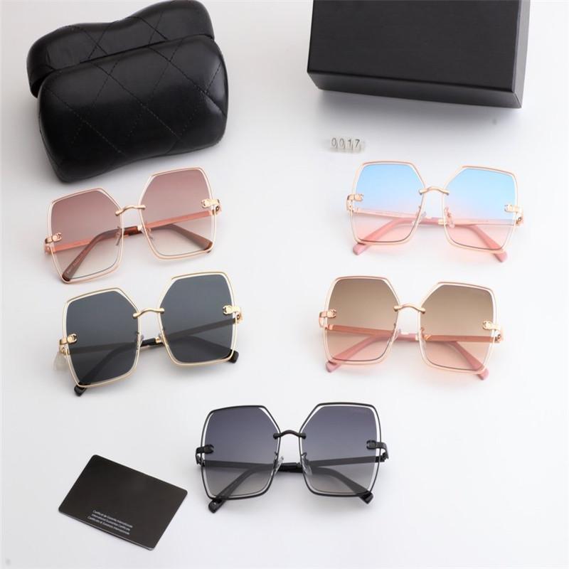 Transparent neue Ankunfts-quadratisches Metallglas für Frauen / Mann / Dame Qualitäts-Retro Gold-Sonnenbrille-Frauen