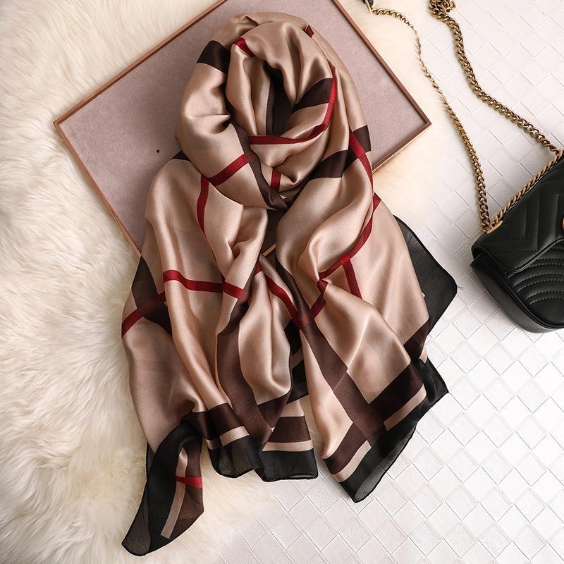 Marca 2020 Diseñador bufanda de seda de alta calidad Foulard Pañuelo nueva largo lrage Chales Wrpas invierno Pañuelos Señora Hijab