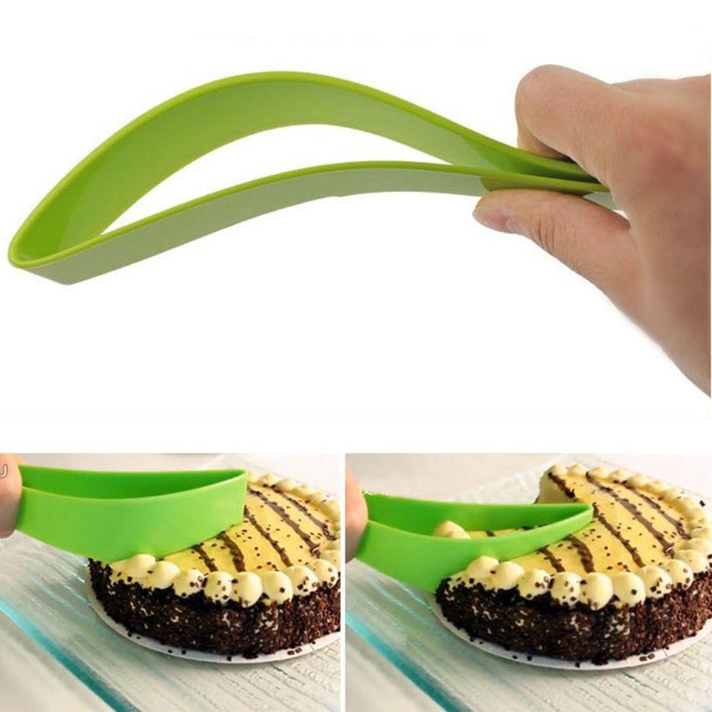 1PC Green Plastic Cake Pie Slicer Sheet Novel Practical Cake Kitchen Gadget Pancake Cutter Cooking Baking Tools Pie Cutters
