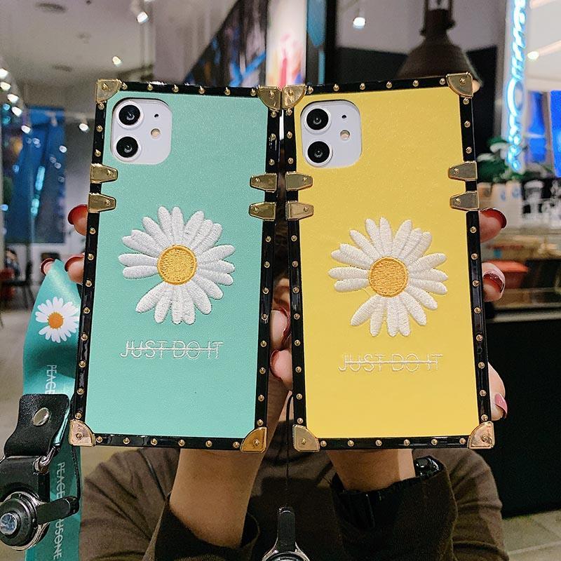 Designer di lusso casse del telefono di iPhone 11 Pro ricamo Daisy TPU Back Cover per iPhone 6 7 8 più X XR XS MAX