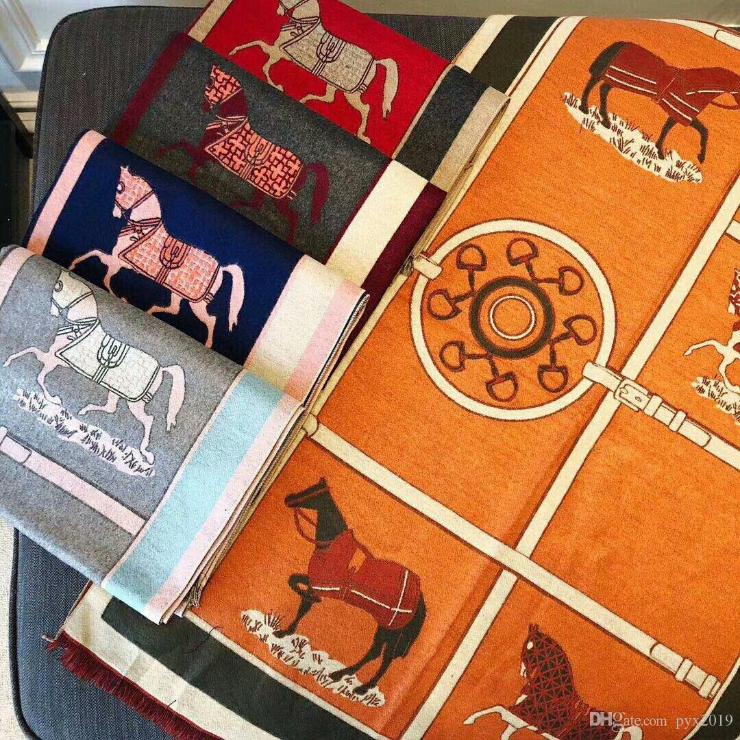 Designer Schal Mode Luxus Frauen Herbst / Winter Komfort Wärme monografischen Druck hochwertige Schal 70 * 180 fünf Farben