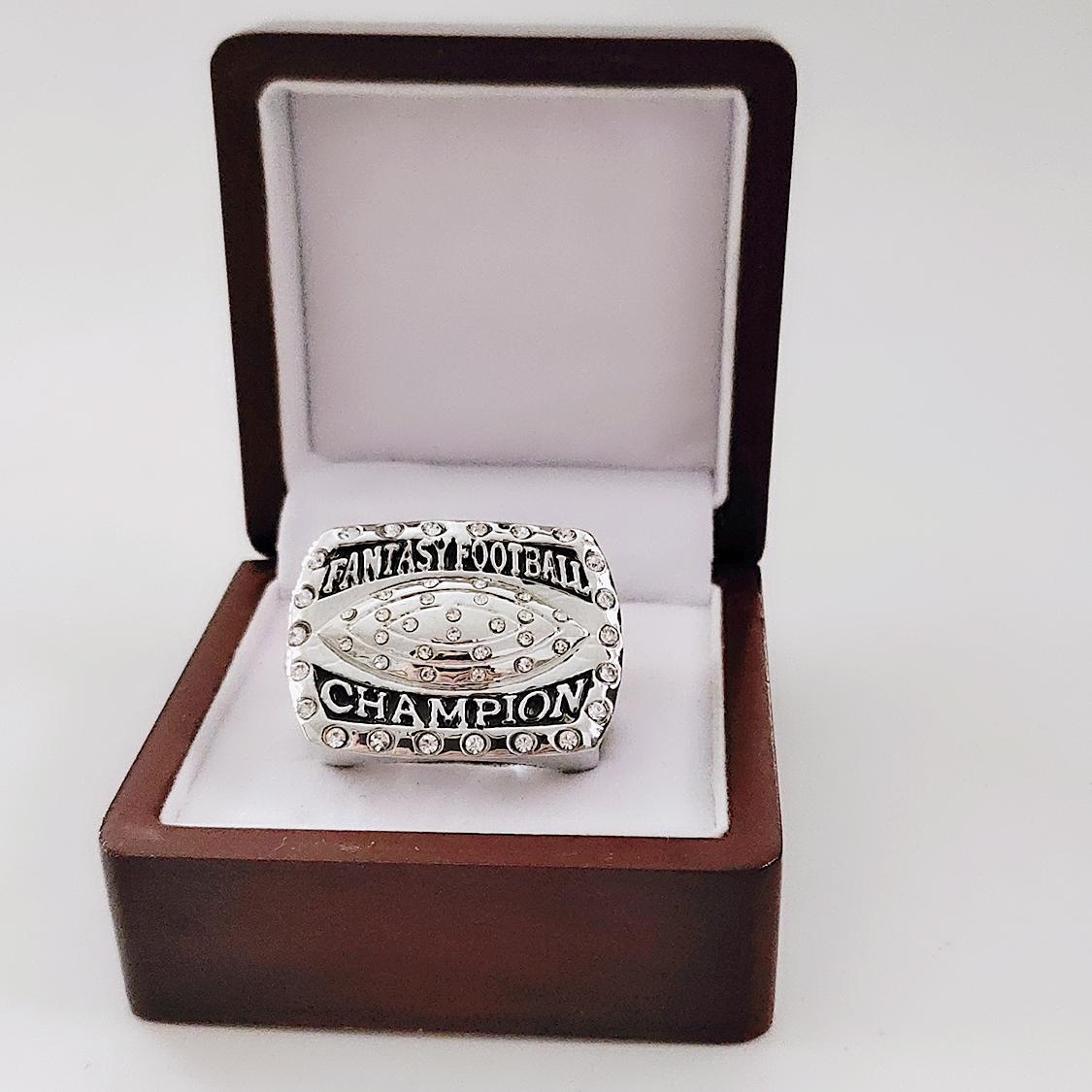 2019 all'ingrosso campionato campione cuoio anello moda 2016 Fantasy Football Borsa di ricambio Accessori